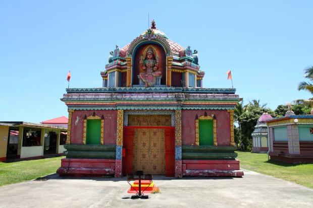 Temple tamoul du colosse la reunion.JPG